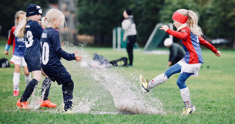 706b801d Oppstart fotball for jenter og gutter født i 2014